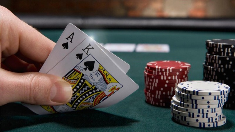 Strategi Saat Bermain Poker Online